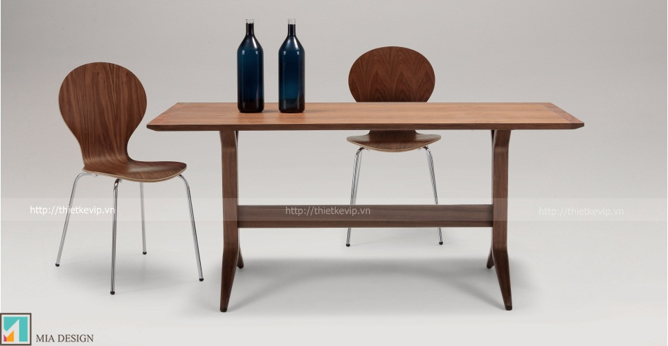 kitsch_chairs_walnut_lb2_1