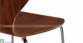 kitsch_chairs_walnut_lb3_1