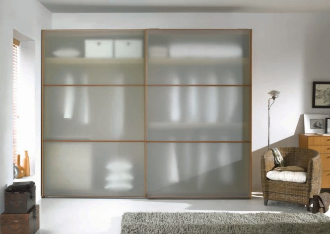 semi-transparent-wardrobe-665x471