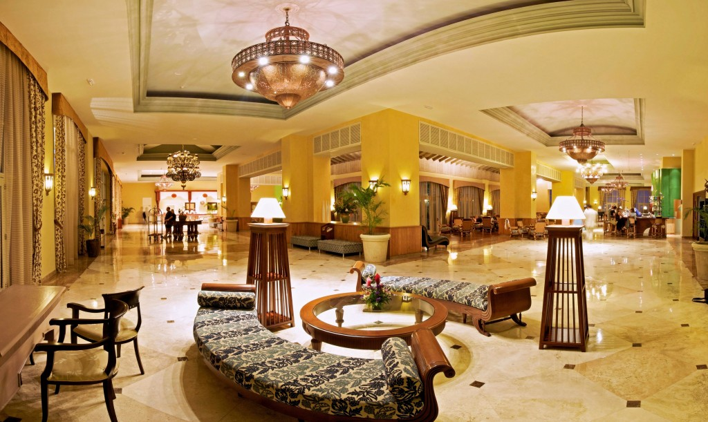 iberostar-rose-hall-beach-lobby_reception